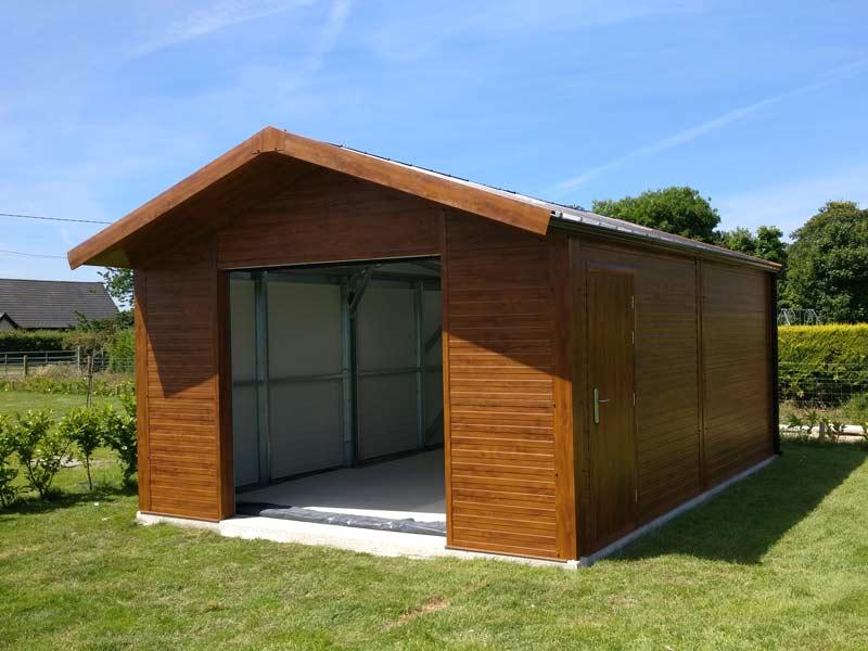 6.2m x 5m Gold Range unit with Golden Oak flat panel and overhang Shanette Sheds