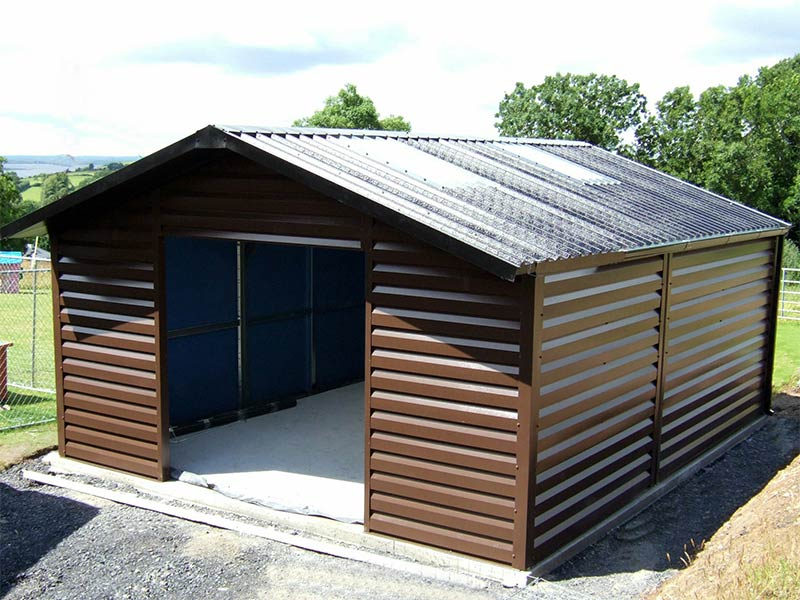 20' x 15' Silver Range garage with Brown Shiplap upgrade and overhang