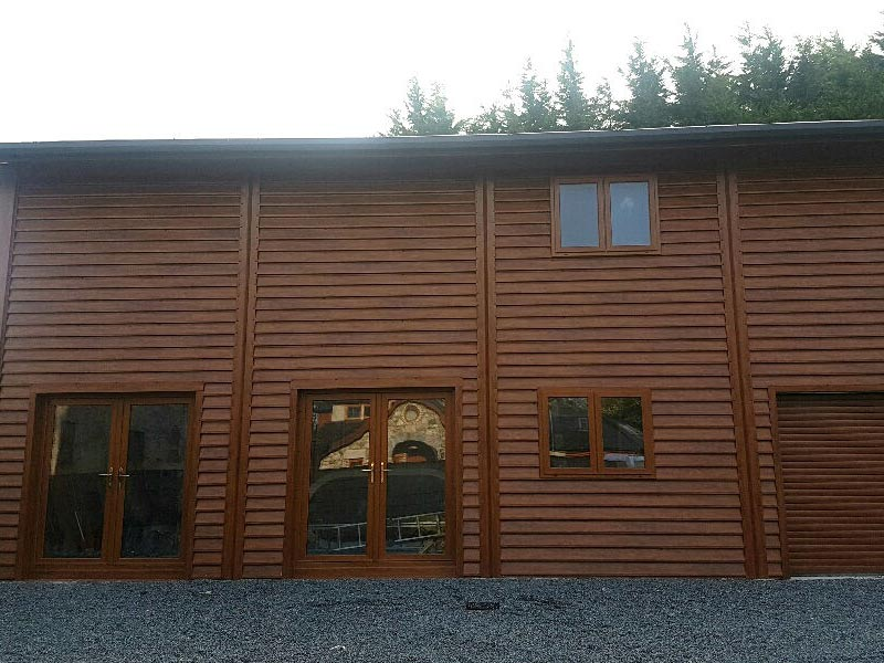 12.1m x 6.1m Chalet with 5