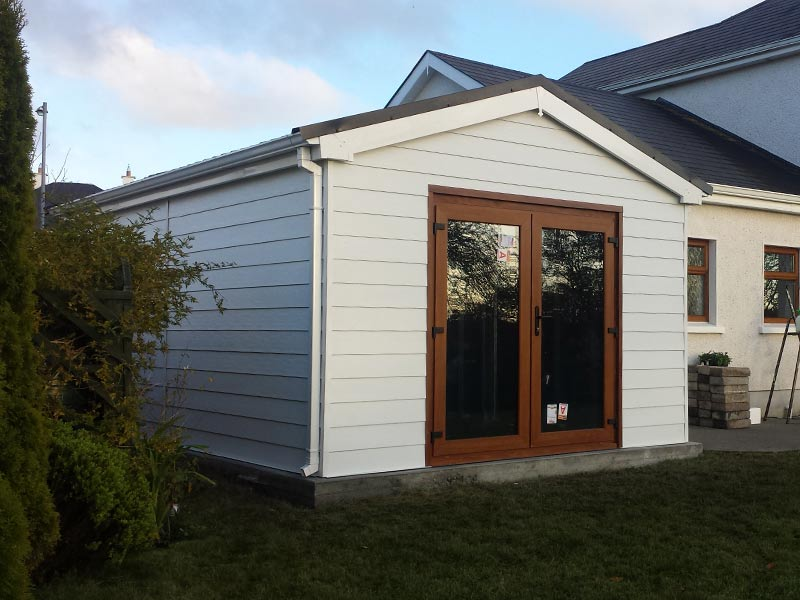 20' x 15' House extenstion with White Fortex exterior