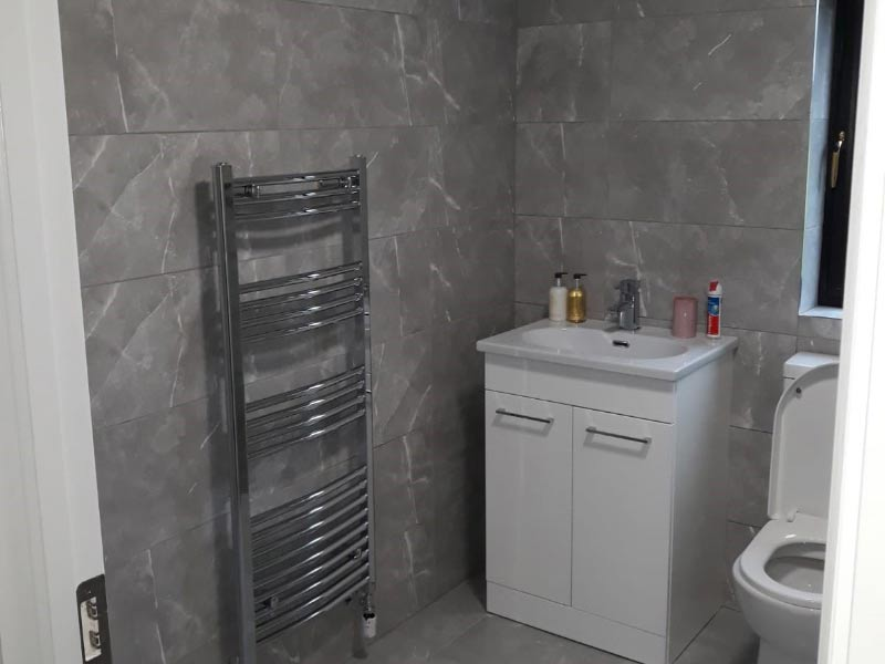 Chalet bathroom Shanette Sheds