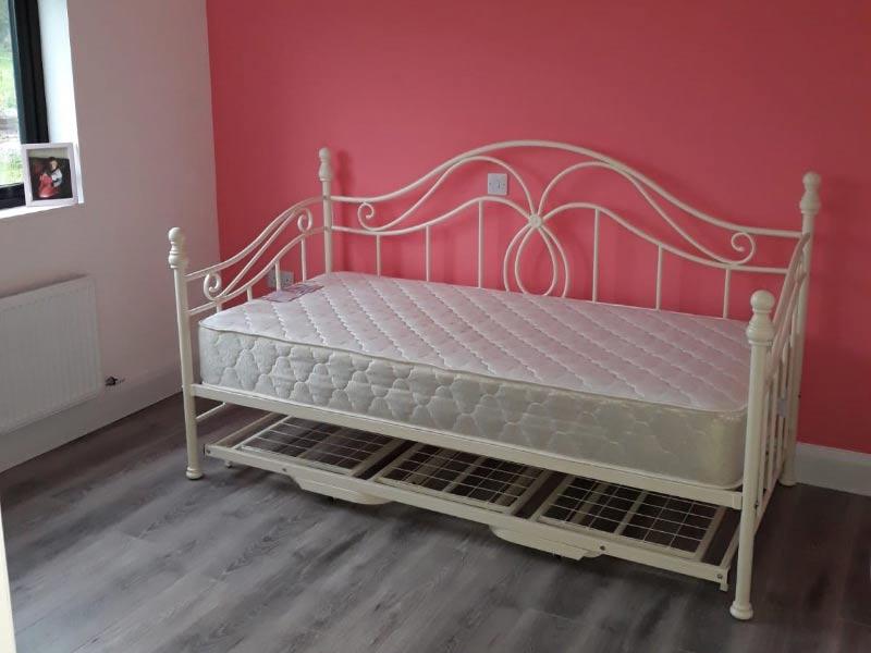 Chalet bedroom 1 Shanette Sheds .
