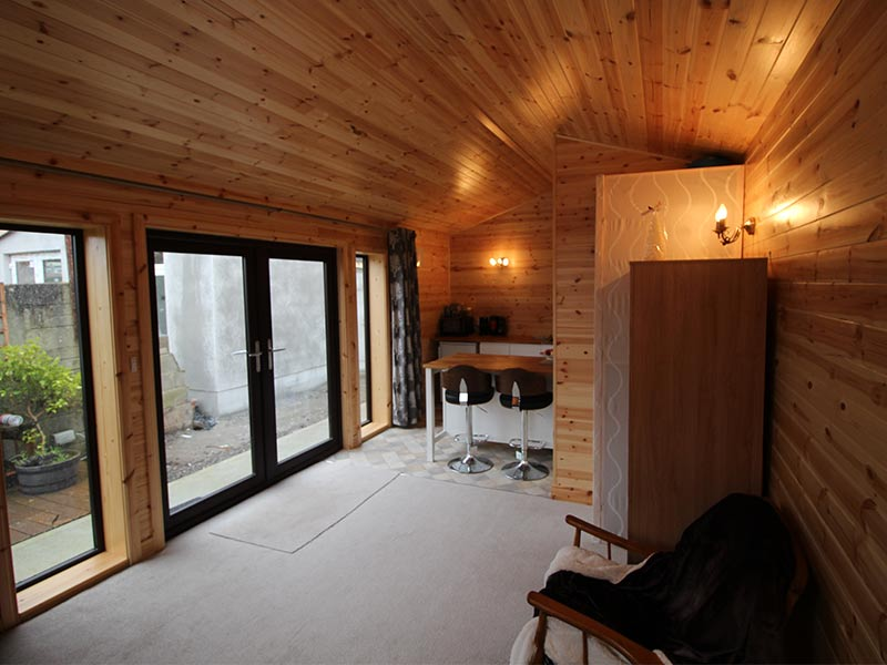Mahogany Wood Effect Chalet Interior7.3m x 3