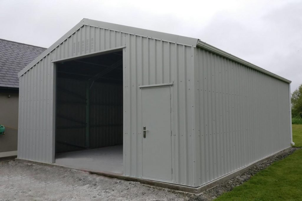 9.2m x 7m Bronze range unit with 3m walls