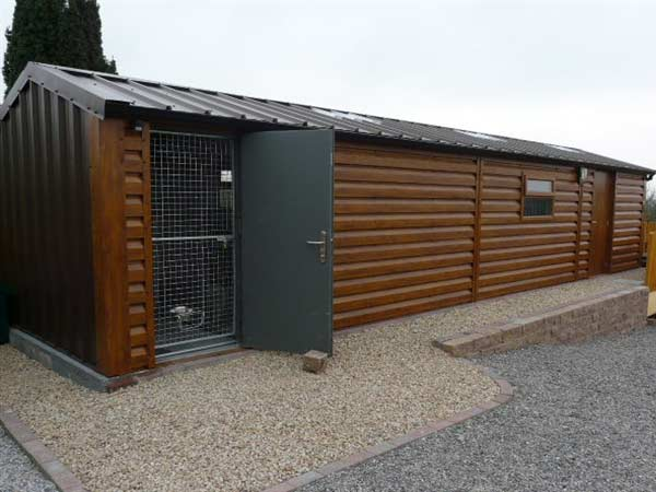 12.2m x 5m Insulated unit for dog kennels