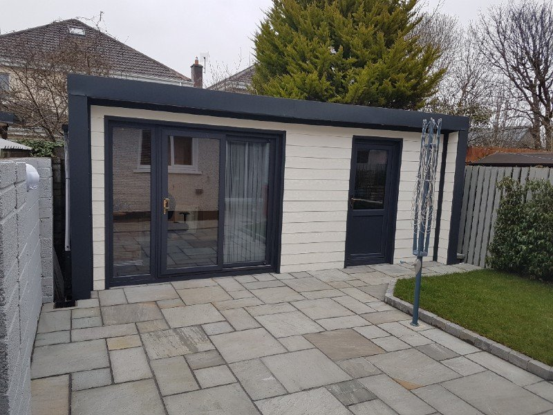 5.2m x 3m Garden Room with Fortex finish and inset side wall.